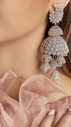 Pin by P R on Earrings / Studs in 2020 (With images) Indian Bridal Jewelry Sets, Indian Jewelry Earrings, Jewelry Design Earrings, Gold Earrings Designs, Jhumka Designs, Silver Jewellery Indian, Jewelry Tags, Antique Earrings, Silver Earrings