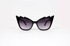 Óculos cat eye preto