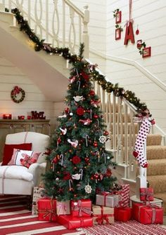 lots of Christmas banister ideas