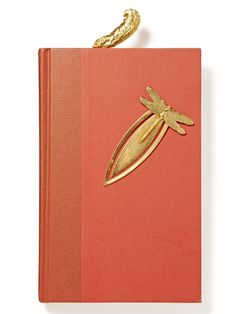 Cahier avec broche ou ornement scrapbooking