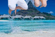 Helene Havard Photography- at he beach #Tahiti #BoraBora #honeymoon