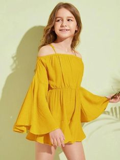 To find out about the Girls Cold Shoulder Bell Sleeve Romper at SHEIN, part of our latest Girls Jumpsuits ready to shop online today! Preteen Girls Fashion, Teenage Girl Outfits, Girls Fashion Clothes, Dresses Kids Girl, Little Girl Outfits, Cute Girl Outfits, Kids Outfits Girls, Cute Outfits For Kids, Teen Fashion Outfits