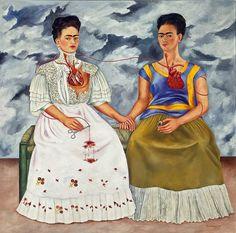 Две Фриды 1939 Фрида Кало Написана под впечатлением от разрыва с супругом. Она говорила, что её муж был влюблен в одну Фриду, а она стала другой #символизм