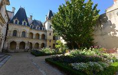 JARDIN DE LA MAISON HENRI II 1 - La Rochelle