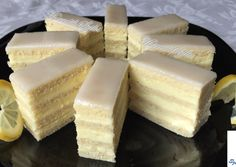 Érdekel a receptje? Kattints a képre! Party Catering, Catering Food, Wedding Catering, Hungarian Cake, Hungarian Recipes, My Recipes, Cake Recipes, European Cuisine, Food Cakes