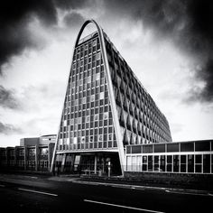 The Toastrack, also known as the Hollings Campus of Manchester Metropolitan University (MMU). L.C Howitt & Manchester City Architects Dept., 1960.
