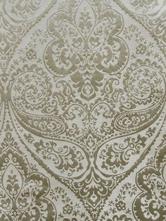 Fabrics featuring damask or medallion design. Paisley Wallpaper, Future Wallpaper, Paisley Art, Paisley Fabric, Fabric Wallpaper, Zardozi Embroidery, Gold Embroidery, Embroidery Dress, Texture