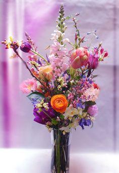 Verschillende bloemen in één bos.