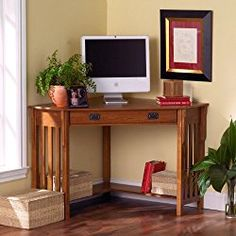 No house is complete in the modern era without a convenient home office. Why settle for a solution that clutters your home when this mission oak corner desk can save you space and add style? Computer Desk Design, Computer Desks For Home, Small Computer, Computer Gadgets, Bureau Design, Home Office Furniture, Home Office Decor, Home Decor, Furniture Sets