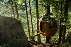 Built illegally in the woods of Whistler on British Columbia's government land, The Hemloft is a wonderfully designed egg-shaped tree house built by Former Canadian software developer and current carpenter Joel Allen.