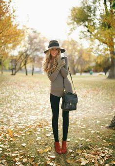 I love this look with the comfy sweater, trousers, booties, and hat. Very cute if your going to be with friends or families in the fall, or if you're going to be walking around the entire day.