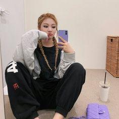 Kpop Girl Groups, Korean Girl Groups, Kpop Girls, Black Mamba, Kim Min, New Girl, South Korean Girls, Role Models, Her Hair