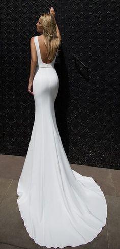 Courtesy of Oksana Mukha wedding dresses; www.oksana-mukha.com
