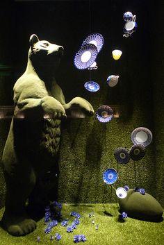 Hermes green spring windows displays Paris