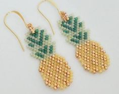 Excited to share the latest addition to my shop: Pineapple Earrings-brick stitch with gold, yellow, and green miyuki delica seed beads, gold filled ear wires Seed Bead Bracelets, Seed Bead Earrings, Beaded Earrings, Beaded Jewelry, Handmade Jewelry, Seed Beads, Seed Bead Patterns, Beading Patterns, Seed Bead Projects