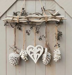 DIY - cottage seasonal decor - beautiful shabby chic Christmas decoration made with branches, pine cones and other natural materials - Love this idea!!!!!!!!! #cottage_christmas_decor