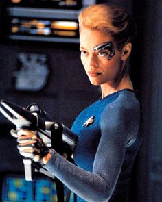 Star Trek Voyager - Seven of Nine (Jeri Ryan), Resistance is futile! Star Trek Enterprise, Star Trek Voyager, Star Trek Theme, Star Wars, Star Trek Beyond, Star Trek Characters, Female Characters, Fictional Characters, Stargate