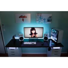 Having a best rigs for gaming setup is everyone's dream. This gamer's guide will show you best gaming setup, enjoy! Gaming Computer Setup, Simple Computer Desk, Best Gaming Setup, Gaming Room Setup, Gaming Desk Lighting, Gaming Rooms, Setup Desk, Home Office Setup, Office Ideas