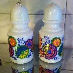 Vintage Avon Groovy Retro Salt and Pepper Shakers
