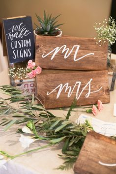 Written Word Calligraphy Design | Vancouver Calligrapher | Modern Romantic Wedding Calligraphy | My first wedding show at Just Add Love Show! | http://writtenwordcalligraphy.com