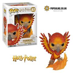 From Harry Potter, fawkes the Phoenix, as a collectible Funko pop! Make sure to check out all Harry Potter Funko pop! Dumbledore's trusty Phoenix is now a Funko pop! Patronus Harry Potter, Objet Harry Potter, Mundo Harry Potter, Harry Potter Pop Figures, Harry Potter Characters, Funko Pop Harry Potter, Pop Figurine, Figurines Funko Pop, Pop Vinyl Figures