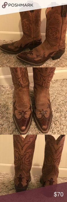 FINAL PRICE DROP ⬇️Ariat women's cowboy boots 👢 Beautifully designed women's size 8 cowboy boots. Normal wear and few scuffs on toes as shown in pics. Feel free to make a reasonable offer! 😃 Ariat Shoes