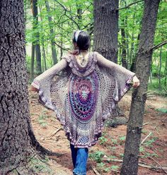 Bohemian Mandala Duster Jacket - Free Pattern from Morale Fiber Blog, Thanks so xox ☆ ★   https://uk.pinterest.com/peacefuldoves/