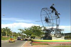 Monumento a Prometeo - Avenida Ferrocarril
