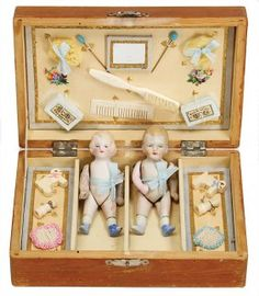 Small Wooden Box, With 2 All-bisque Dolls, 9 Cm, Richly