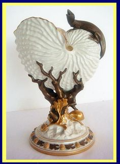 Antique Victorian Royal Worcester Nautilus Shell Vase w Lizard Seaweed 19C