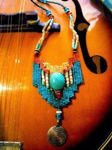 Weaving on the hoop - The ones that caught our eyes - Weaving on the hoop – The ones that caught our eyes – Nazo Design & Emek Pınarı - Fiber Art Jewelry, Textile Jewelry, Jewelry Art, Jewelry Design, Beaded Cuff Bracelet, Woven Bracelets, Beaded Necklace, Gypsy Jewelry, Macrame Jewelry