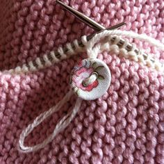 Great method for seamlessly adding buttons while you knit - no sewing required!