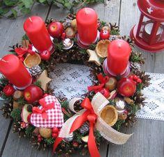 Adventní věnec tradičně / Zboží prodejce Silene | Fler.cz Christmas Wreaths, Christmas Decorations, Holiday Decor, Flower Arrangements, Flowers, Home Decor, Christmas Baubles, Xmas, Nativity Scenes