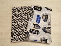 Hey, I found this really awesome Etsy listing at https://www.etsy.com/listing/246672369/burp-cloth-2-pack-star-wars-r2d2