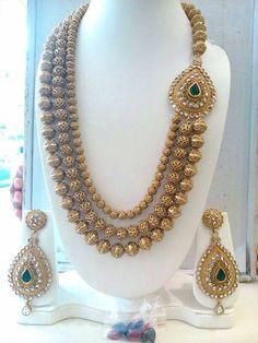 Staggering jewelry aesthetic,Minimalist jewelry emerald and Beautiful jewelry sets. Indian Wedding Jewelry, Boho Jewelry, Bridal Jewelry, Jewlery, Fine Jewelry, Fashion Jewelry, Silver Jewelry, Luxury Jewelry, Crystals