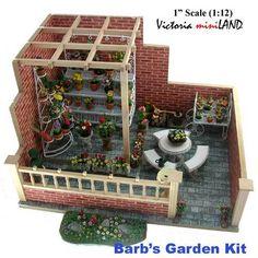 Miniature Barb's garden Kit 1:12 dollhouse roombox