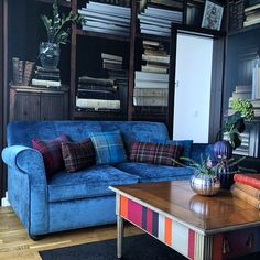 Shhh. Quiet in the Park Inn Lund library suite! You don't really have to be silent, grab a good book or magazine or just have a chat in a relaxing environment.#lund #parkinn #hotel