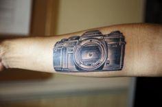 Minolta Film Camera < Vintage Tech Tattoos That Won't Ever Go Out of Style Badass Tattoos, Body Art Tattoos, New Tattoos, Sleeve Tattoos, Cool Tattoos, Tatoos, Awesome Tattoos, Camera Film Tattoo, Camera Tattoo Design