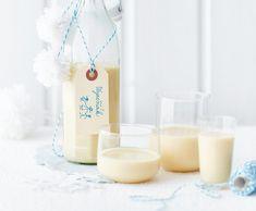 Vaječný koňak pro děti Christmas Baking, Homemade Gifts, Glass Of Milk, Drinks, Food, Arizona, Flagstaff Arizona, Beverages, Hand Made Gifts