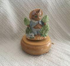 """Schmid Beatrix Potter """"Tale of Tom Kitten """" Music Box, Tom Kitten, Revolving Music Box, 1990"""
