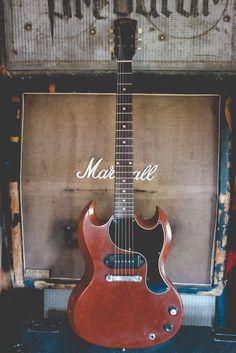 Guitars Confira aqui http://mundodemusicas.com/lojas-instrumentos/ as melhores lojas online de Instrumentos Musicais.