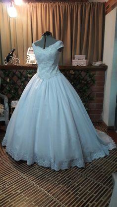 Vestido de Novia estilo princesa Ball Gowns, Formal Dresses, Fashion, Princess Style Wedding Dresses, Brides, Ballroom Gowns, Dresses For Formal, Moda, Ball Gown Dresses