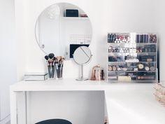 """14.1 mil curtidas, 201 comentários - Apartamento 84 (@apartamento84) no Instagram: """"Dressing table ✨"""""""