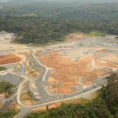 Investigación internacional revela que la minería está dentro de los sectores productivos que más daño ambiental produce. En la imagen, minería de cielo abierto en Panamá.