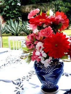 Ideas for Fiesta Mexicana Mariachi Wedding, Mexican Themed Weddings, Mexican Party, Fiesta Party, Anniversary Parties, Our Wedding, Wedding Ideas, Shower Party, Event Decor