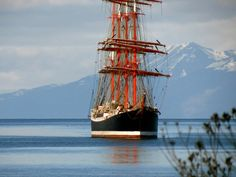 Llegada a Ushuaia del velero mas grande del mundo