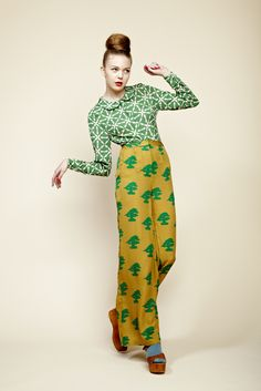 ...fabulous blouse and trousers, by Charlotte Taylor, with a Japanese kimono-print twist.  Loving the red nails and lips.