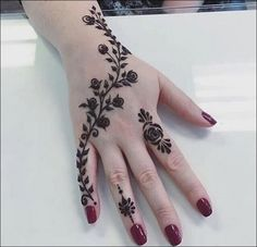 Back Hand Tattoo Mehndi Design Henna Tattoo Designs Simple, Finger Henna Designs, Henna Art Designs, Mehndi Designs 2018, Modern Mehndi Designs, Mehndi Designs For Beginners, Mehndi Design Photos, Mehndi Simple, Mehndi Designs For Fingers