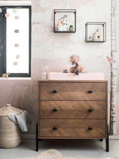 Pick of the week: commode Harper van Coming Kids Safari Room, Boy Dresser, Dresser As Nightstand, Baby Bedroom, Kids Bedroom, Baby Rooms, Best Changing Table, Sweet Home, Baby Room Design