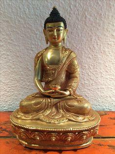 Medicin Bronze/Copper Buddha. Nepal. 20th cent.